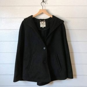 BB Dakota Hooded Coat /Cape Style
